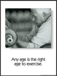 Elderly-gentleman-lifting-weights